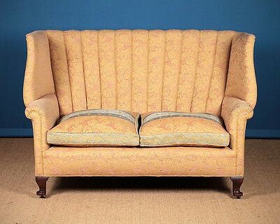 20th.c. Queen Anne Style Settee Or Sofa c.1930
