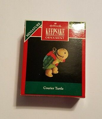 Hallmark Keepsake Miniature Courier Turtle Ornament