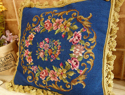 "18"" Neoclassical Vintage Fluent Scroll Rose Garland Beautiful Needlepoint Pillow"