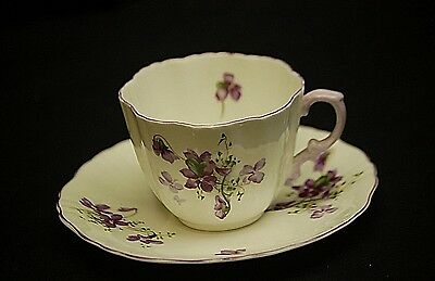 Old Vintage Hammersley England Bone China Purple Violets Cup & Saucer Scalloped