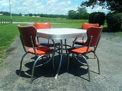 Vintage 1950's Or 1960's Cracked Ice Formica Table And 4 Tru-Chrome Chairs