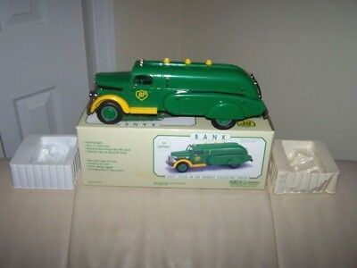 BP 1995-  INTERNATIONAL GAS TANKER TRUCK -1st in series- MADE BY MARX TOYS- MIB