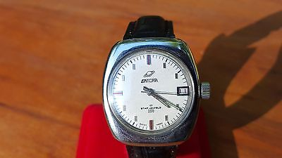 VINTAGE ENICAR STAR MEN'S WOMEN'S WRIST WATCH 17 JEWEL'S Rare SWISS made