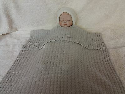 Made in Scotland Beautiful  100% CASHMERE  Baby Blanket   Hint of Grey