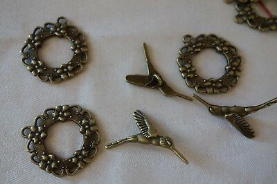 4 Antique Bronze Coloured Floral Toggle Clasps 28x25mm (Bar 28mm) #3753