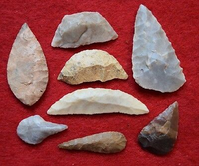 8 Sahara Neolithic tools, scrappers, drill, crescent blades, projectile tool