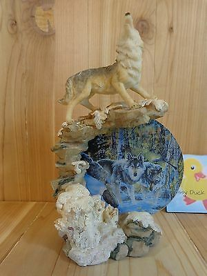 """WOLF FIGURINE 9"""" Howling on Cliff Round Blue Picture in Center Resin"""