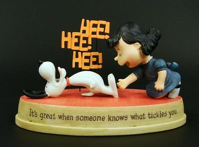 HALLMARK Peanuts Gallery Charlie Brown Snoopy New Great Someone Knows Tickles