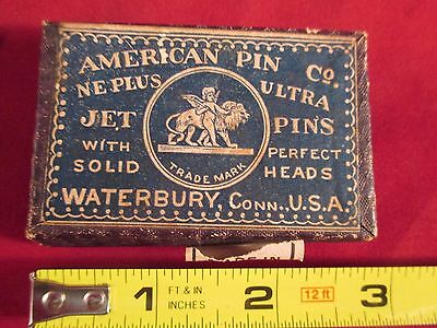 VINTAGE AMERICAN PIN Co WATERBURY, CT. BOX WITH CONTENTS SOLID BLACK w HEADS