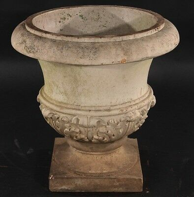 GALLOWAY TERRACOTTA GARDEN URN CIRCA 1920 Lot 649
