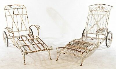 2 SALTERINI WROUGHT IRON CHAISE LOUNGE CHAIRS Lot 679