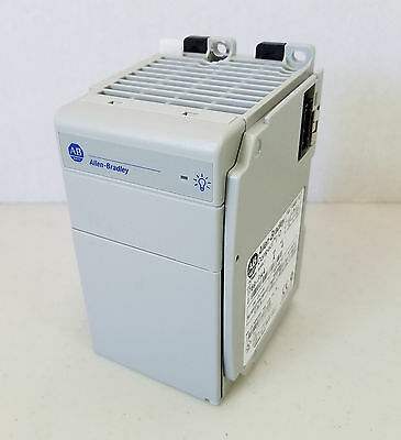 Allen-Bradley 1769-PA4 A CompactLogix Compact I/O Power Supply 120/220 VAC