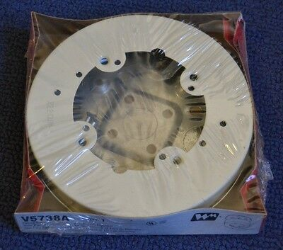 "Wiremold V5738A  V500 / V700 Series Raceway 5 1/2"" Fixture Box Solid Base, Ivory"