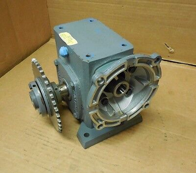 Boston Gear F7242Gb7G 20:1 Ratio Right Angle Gearbox Speed Reducer 1.77Hp Input