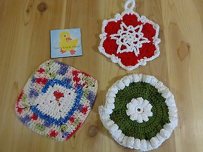 VINTAGE POT HOLDERS Lot of 3 Handmade Crochet Round Square Floral
