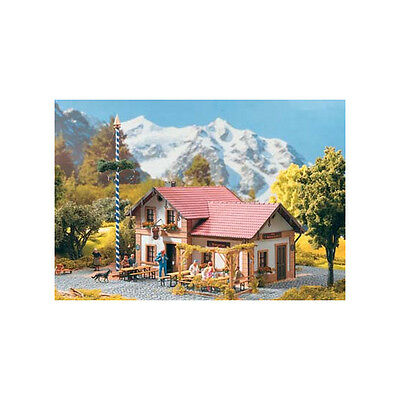 Piko G Scale Beer Garden Cafe Building Kit   Ships In 1 Business Day   62022