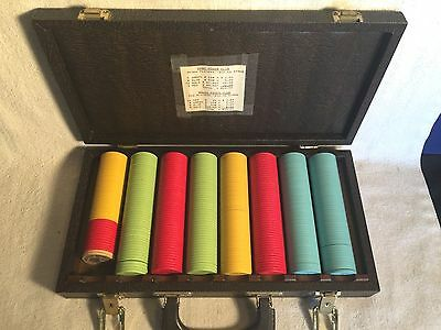 Set 400 OLD VINTAGE Clay Poker Chips RED YELLOW BLUE GREEN 25c 50c $1 $5 + case