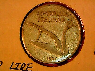 Italy 1951  Ten Lire Coin  Great Condition