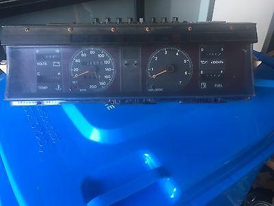 commodore vl 6cyl tacho dash cluster