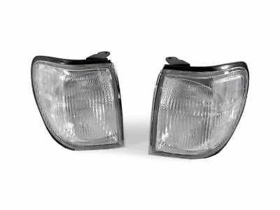 DEPO Clear Front Corner Light Pair For 1999-2004 Nissan Pathfinder LE / SE / XE