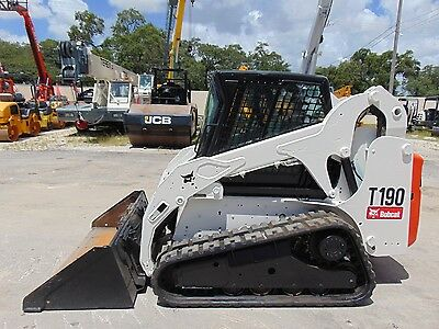 2011 Bobcat T-190 Turbo - Enclosed Comfort Cab - Only 1,928 Hours - New Tracks