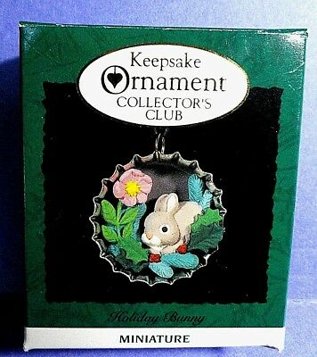 "Hallmark ""Holiday Bunny"" Collector's Club Miniature Ornament Dated 1994"