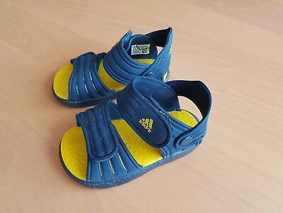 kinder jungen sandalen badeschuhe gr 25 eur 2 00. Black Bedroom Furniture Sets. Home Design Ideas
