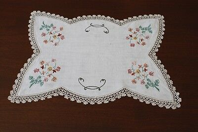 VINTAGE LARGE DOILY Cream Linen, Embroidered & Crocheted 41x29cm #12