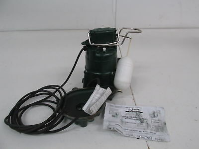 Zoeller 98-0001 115-Volt 1-2 / HP Model M98 Flow-Mate Automatic Cast Iron Submer