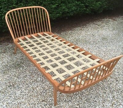 Outstanding  Rare Retro Ercol Single Bed  Clean Condition We Deliver