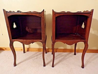 Antique Pair Of Louis Xv Walnut Bedsides Nightstands Accent Tables
