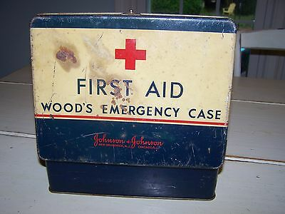 Vintage First Aid Kit, Lunch Box Style