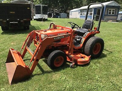 1999 Kubota B2100 4wd Compact Loader Tractor With Mower