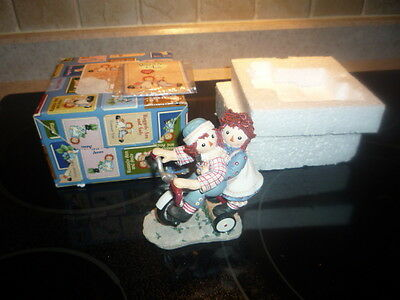 """Enesco Raggedy Ann and Andy """"Happiness Is Sharing A Cheery Smile"""" #677752 NIB"""
