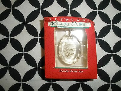 "Miniature Hallmark Keepsake Ornament~Acrylic ""friends Share The Joy""~1988~T2788"