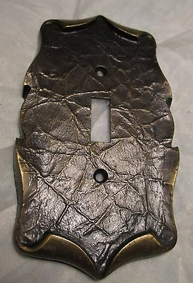 Vintage Scroll Brass Tone Metal Electric SINGLE LIGHT SWITCH Plate Cover