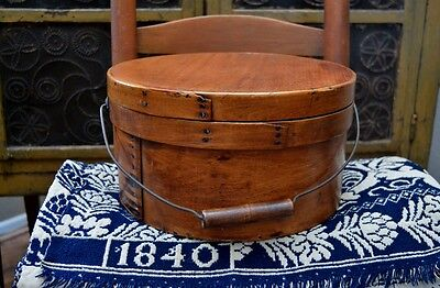 "Large Antique 19th century Bail Handled Pantry Box 11 ¾"" diameter *"