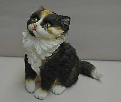 "CONNOISSEUR PORCELAIN  ""Whiskey"" Cat Figurine,  Fine Bone China, Closed, MINT"