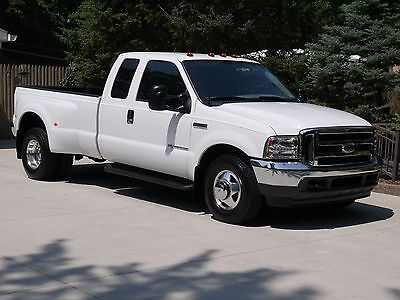 2002 Ford F-350 XLT Camper Package Ford Super Cab F-350 Super Duty Diesel Dually -Garaged - Super Low Miles - Mint!