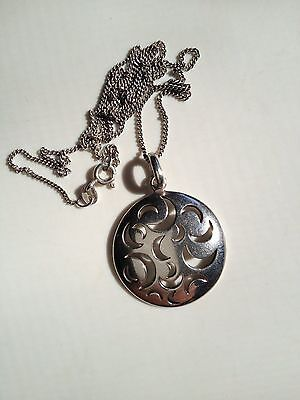 Sterling Silver 925 Pierced Pendant and Sterling Silver Chain 7g Estate