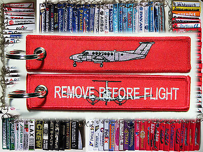 Keyring Beechcraft King Air 350 Remove Before Flight in RED for pilots