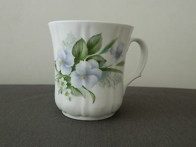 Vintage Tea Cup Duchess Bone China England 434