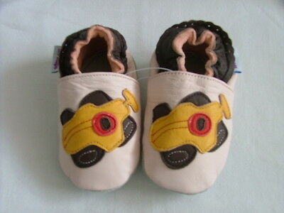 Brand New Soft Leather Baby Shoes  0-6 Mths  Racing Car Motif   Girls/Boys