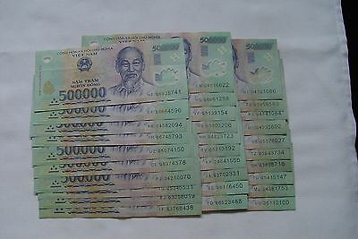 Viet Nam Dong 15 Million (30) circulated notes
