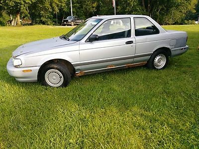 1991 Nissan Sentra E Sedan 2-Door Nissan B-13 1991 2 door coupe, runs