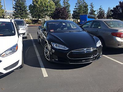 2015 Tesla Model S 70 RWD 2015 Tesla Model S 70 with AutoPilot and Lifetime Free SuperCharging