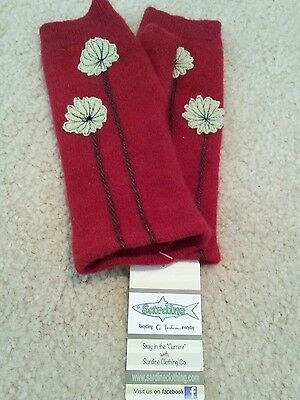 Sardine Women's Red Floral Cashmere Gloves One Size NWT