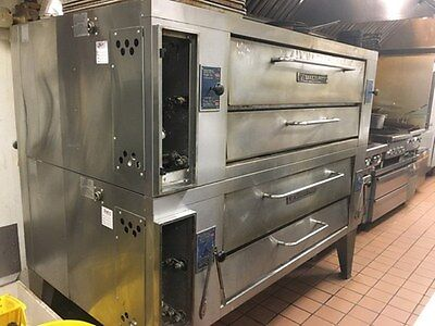 Bakers Pride Double Stack Gas Pizza Ovens  Y602