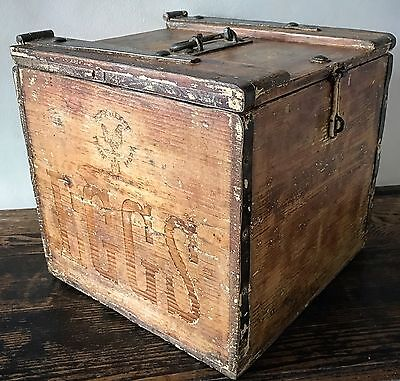 Large 19th Century Egg Carrying Box