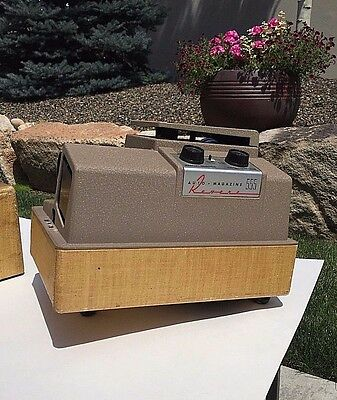 Vintage Revere P-555 Slide Projector & Case Tested and Verified Working